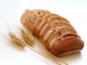 Alimentos-saludables-pan-trigo-300x225 3 Alimentos SALUDABLES, Supuestamente...
