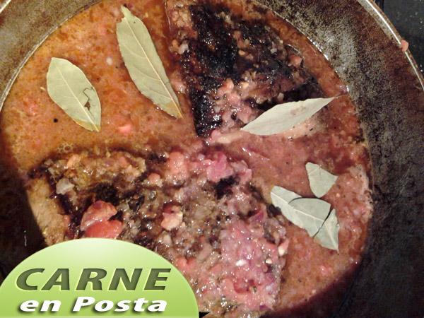 Carne-en-posta-laurel Carne en Posta | Posta Negra Cartagenera | Que Cocinar