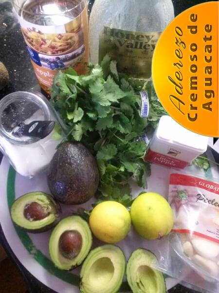 """Aderezo-Cremoso-de-Aguacate-ingredientes Aderezo de Aguacate Para Ensalada sin """"Aceite"""""""