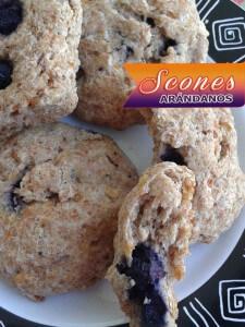 Scones-de-Arándanos-20-225x300 Scones De Arándanos | Deliciosos Panecillos Escoceses