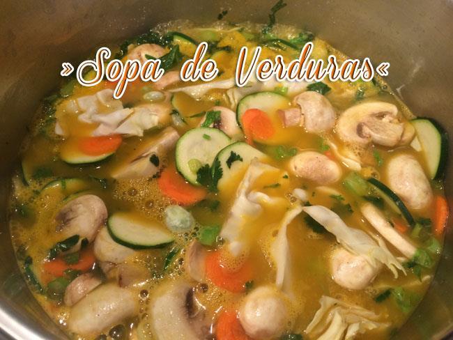 Sopa-De-Verduras-4 Sopa De Verduras Fácil Y Deliciosa | Sopa Saludable