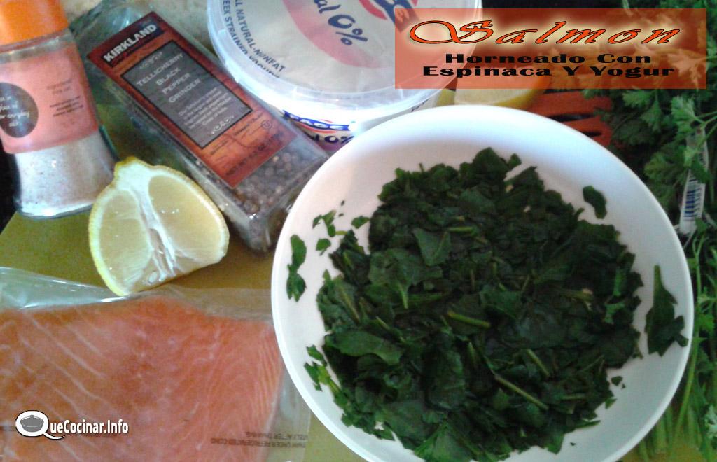 Salmon-Horneado-Con-Espinaca-Y-Yogur-7 Salmon Horneado Con Espinaca Y Yogur